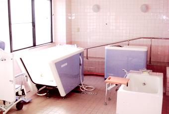 みどりの館施設紹介写真 特殊浴室
