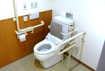 みどりの館施設紹介写真 トイレ